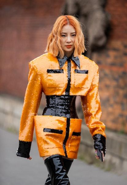 Street style Paris Fashion Week beauty looks.