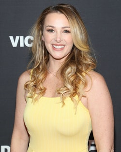 Jamie Otis apologized to her Instagram followers after traveling from Florida amid the coronavirus p...