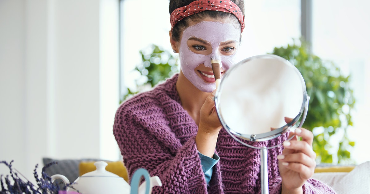 Here's How To Give Yourself An At-Home Facial, According To An Esthetician
