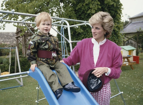 Photos of Princess Diana with her kids show her motherly love