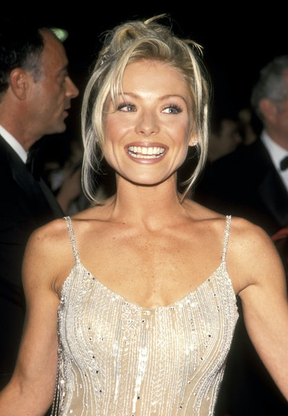 Kelly Ripa's bangs in the '90s