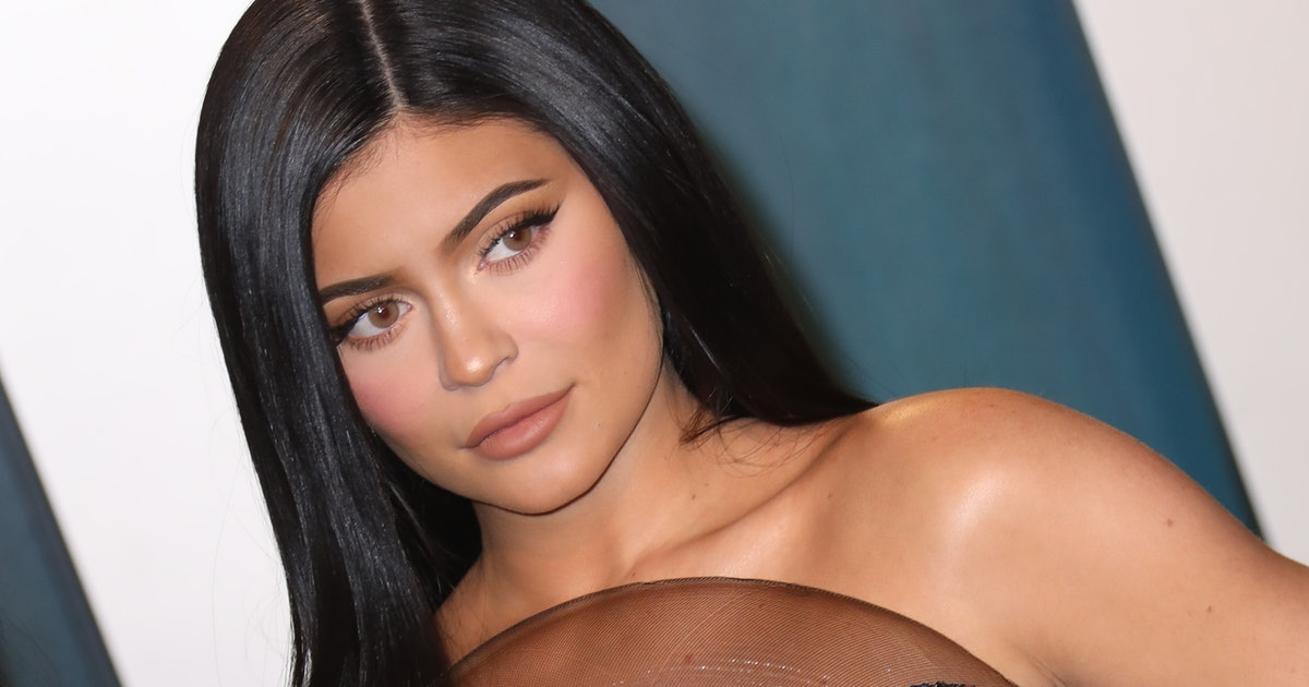 Kylie & Her Friends Played A Very Revealing Game On YouTube & It Got So Real
