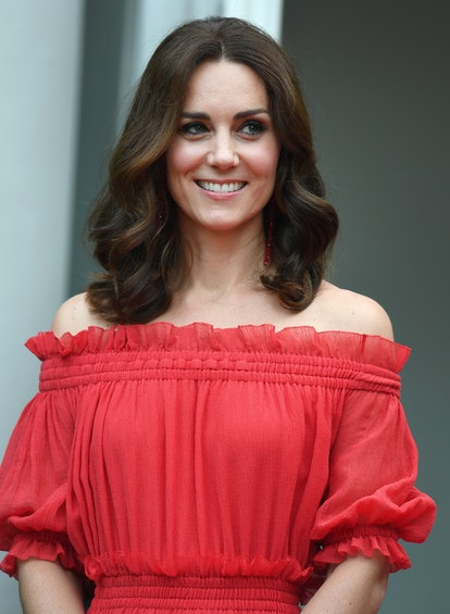One of Kate Middleton's best haircuts is when it was shoulder length and middle parted