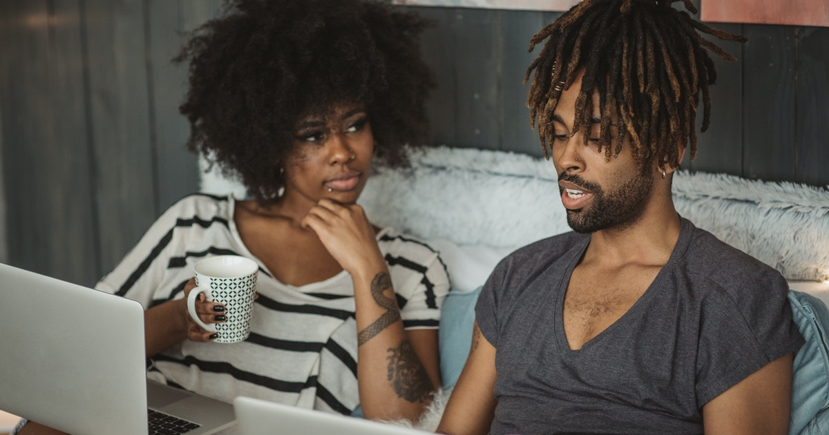 7 Communication Tips To Keep The Peace If You & Your SO Are Both WFH