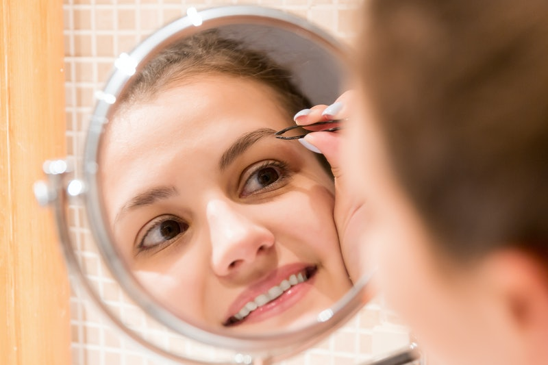 Here's how to shape your brows at home.