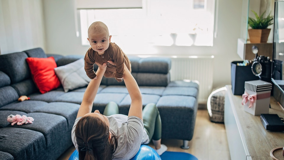 Working out with your baby is easy with these online classes to do with your baby.