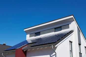 The economics of solar homes differ from utilities.