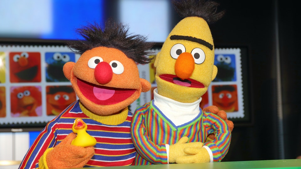 'Sesame Street' is helping parents explain COVID-19 to their kids with a new Town Hall.