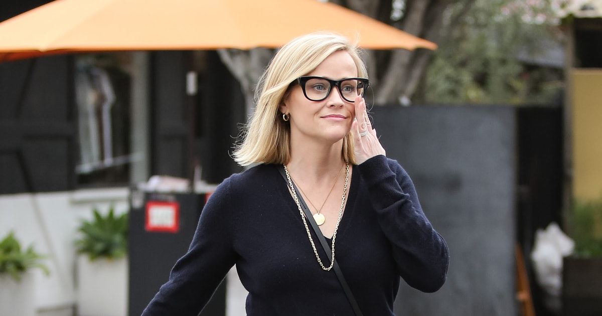 Reese Witherspoon's Sporty Bag Is Very Elle Woods