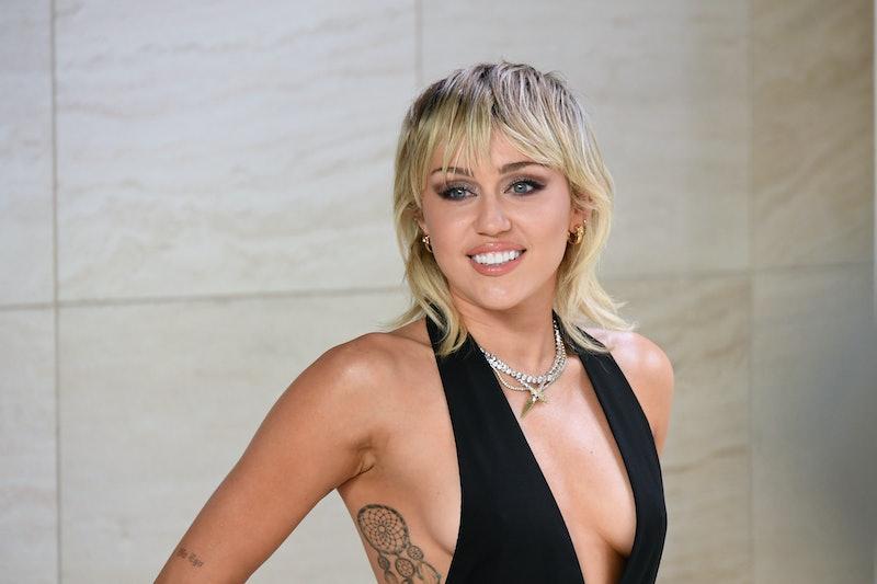 Miley Cyrus' mullet got an update.