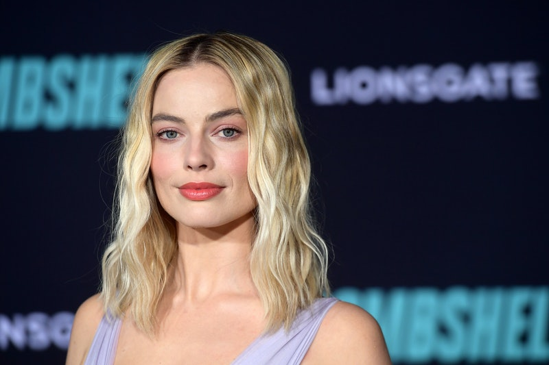 These lobs inspired by Margot Robbie, Bella Hadid, Reese Witherspoon, and other celebrities are going to inspire your summer haircut