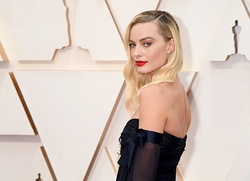 Margot Robbie shared a burgundy red manicure in a recent Instagram post.