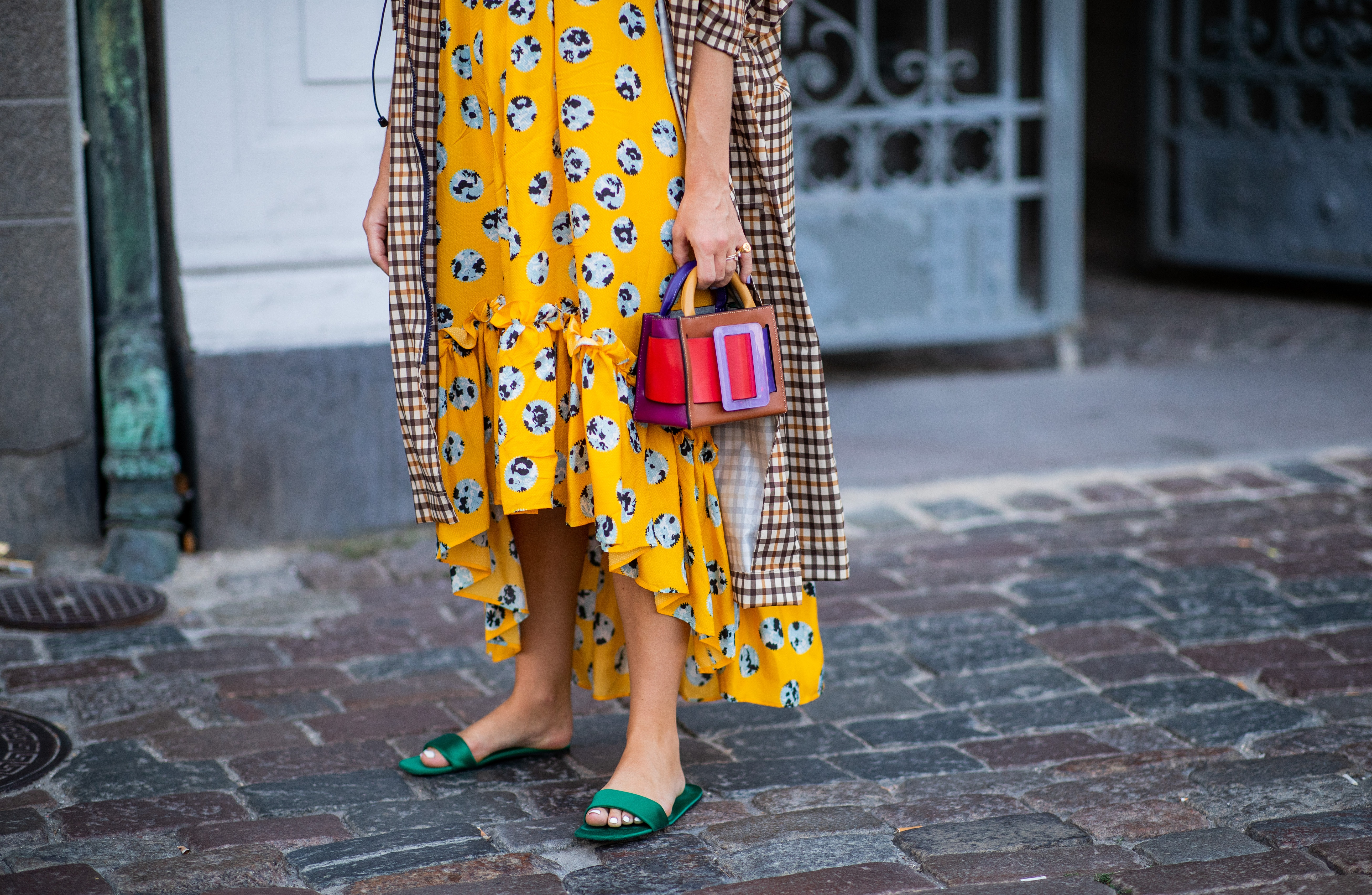 15 Wide-Width Sandals For Women That