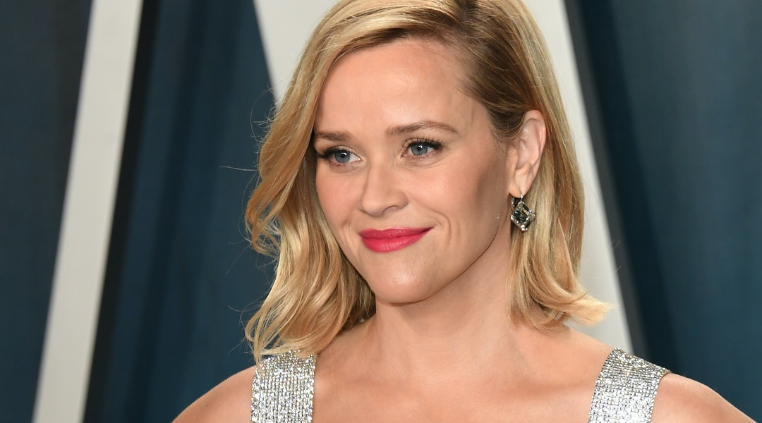 Reese Witherspoon shared an iconic '90s throwback photo
