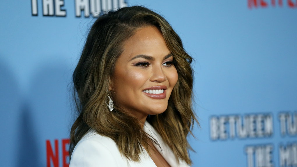 Chrissy Teigen's tweets about Alison Roman clapped back for dissing her cooking empire.