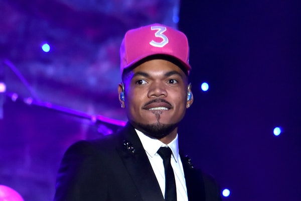 Chance The Rapper performs live.