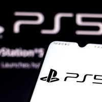 Can the PS5 lie flat?