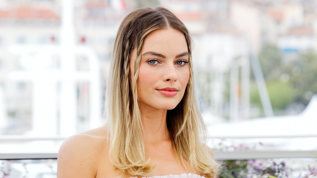 Margot Robbie's 'Pirates of the Caribbean' movie will feature an original story.