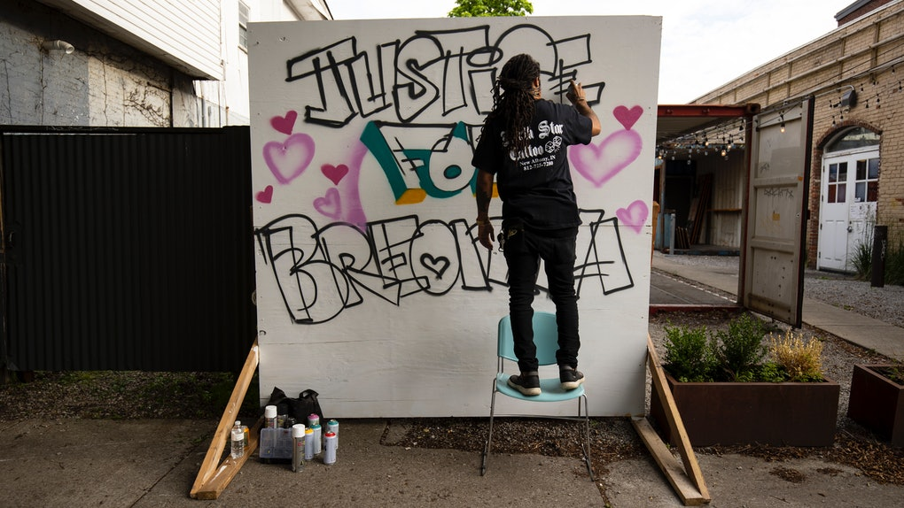 Here's how you can join the Breonna Taylor birthday card campaign as a call for justice.