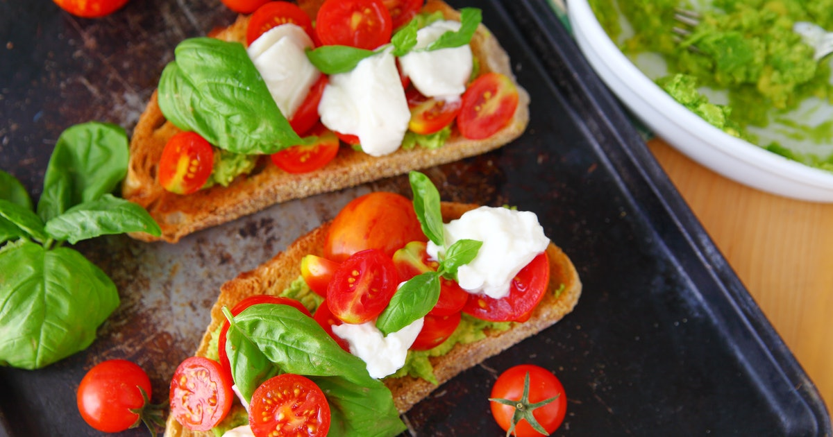 18 4th Of July Appetizers That Take Advantage Of All The Summer Fruits & Veggies