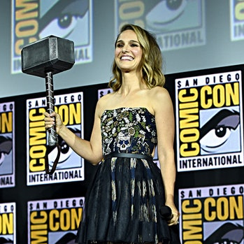 jane foster mighty thor avengers 5