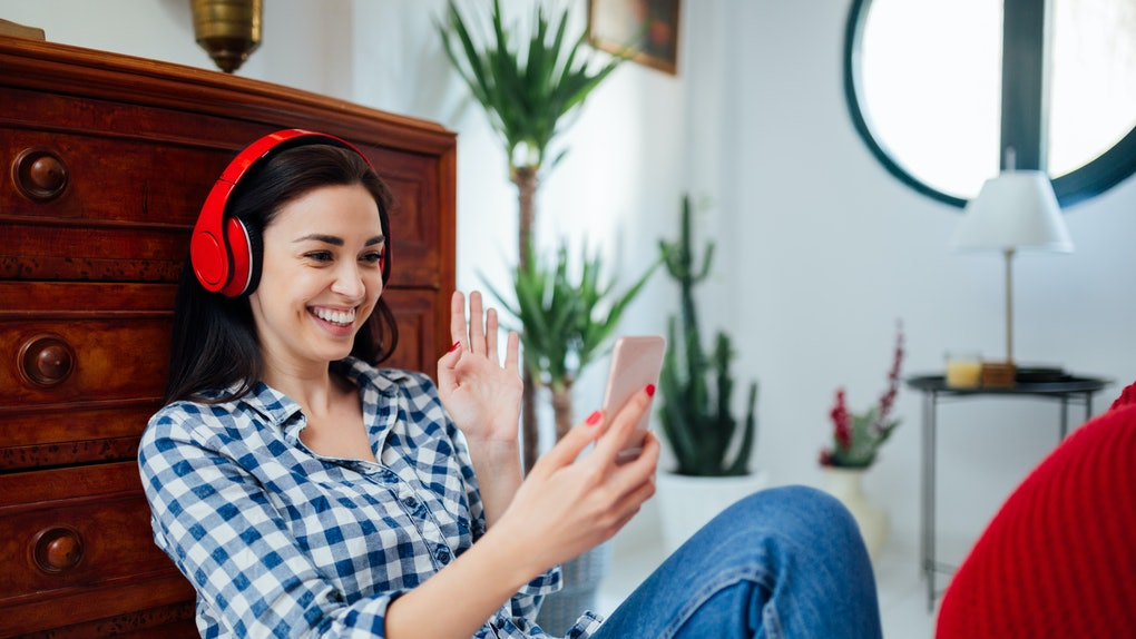 Tinder's Face to Face video chat feature is currently in testing across the U.S. and the world.