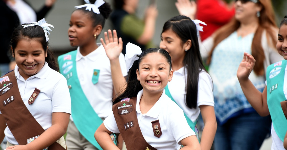 Girl Scouts Are Hosting A Virtual Kindergarten Camp For Students & It Sounds Perfect
