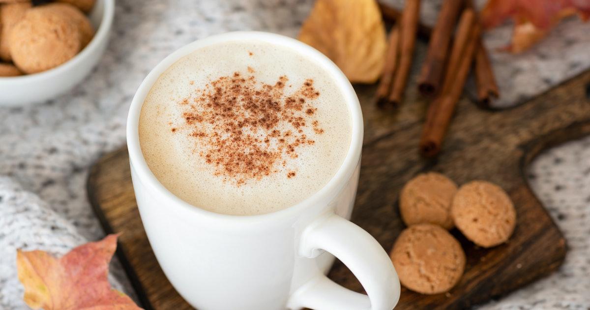 3 Easy Ways To Recreate Starbucks' Pumpkin Spice Latte At Home