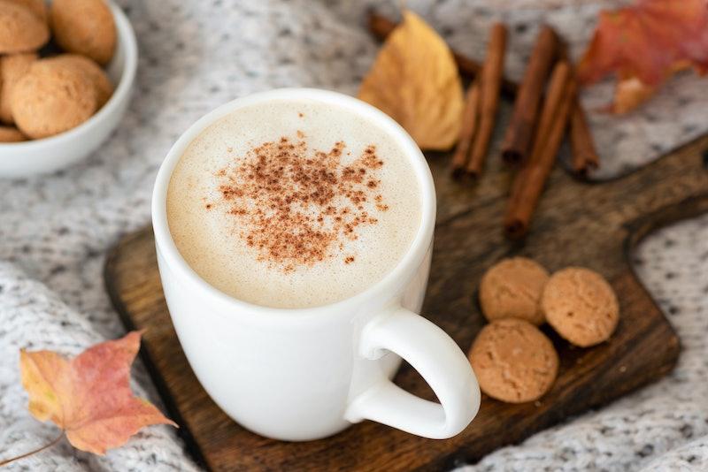 4 Easy Ways To Recreate Starbucks' Pumpkin Spice Latte At Home