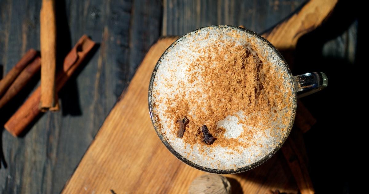 3 Easy Ways To Recreate Starbucks' Chai Latte At Home