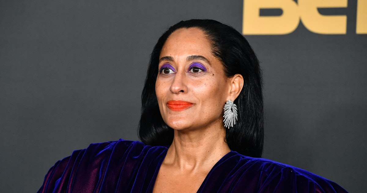 Tracee Ellis Ross' Yellow Nails Are A Different Take On The Classic Summer Shade
