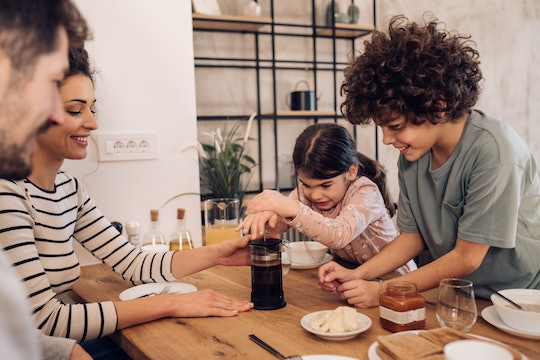 Families eating breakfast together is a new pandemic trend we can all get behind.
