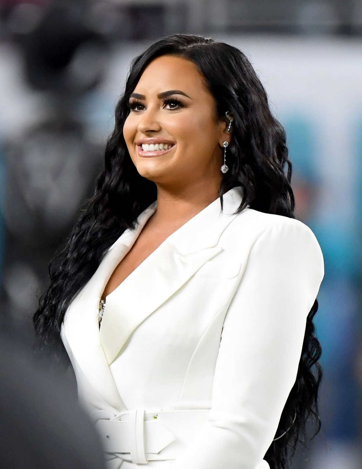 Demi Lovato sings the national anthem.