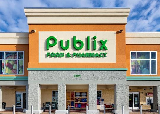 Publix store front, labor day hours