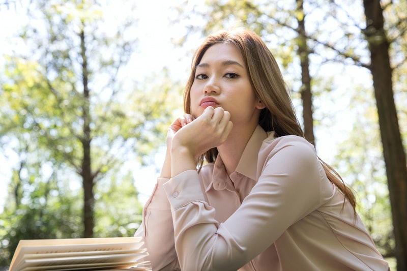 annoyed, woman, outdoors
