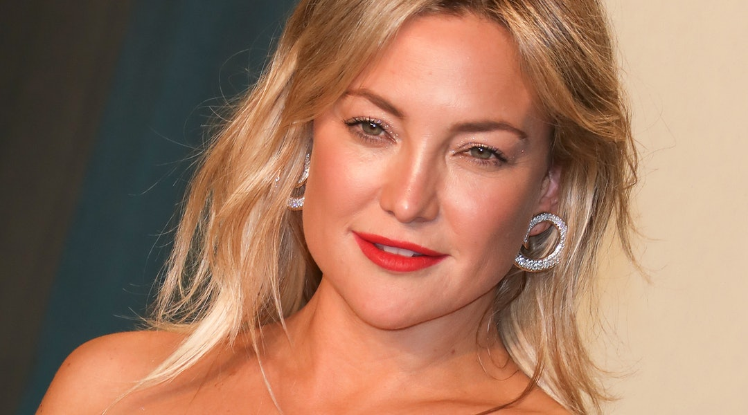 Kate Hudson's brown nails feature this new ORLY fall trend.