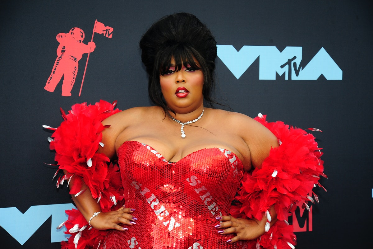 Lizzo MTV VMAs red carpet