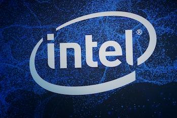 Intel gets new minimalist logo