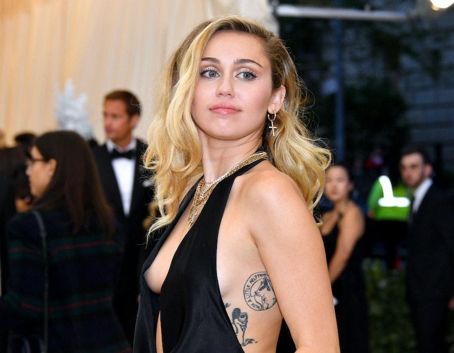 Miley Cyrus red carpet Met Gala