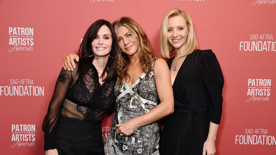 Jennifer Aniston had a mini 'Friends' reunion at the Emmys