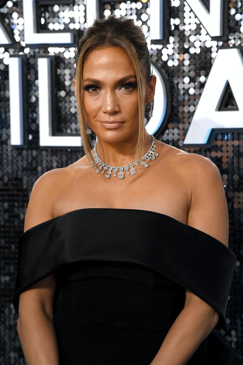 J.Lo's bob is a fall 2020 hair trend.