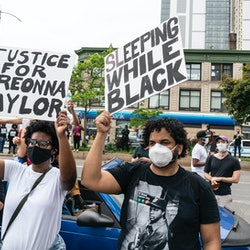 What To Wear To Black Lives Matter Protests Breonna Taylor