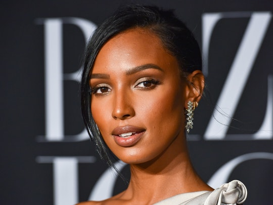 Jasmine Tookes just revealed all her favorite everyday makeup products in a comprehensive Instagram video