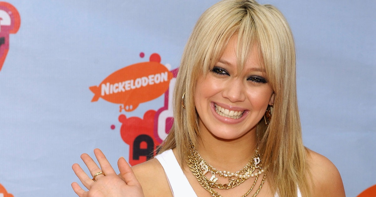 Hilary Duff's 15 Best Looks That Defined Y2K Fashion