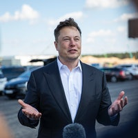 Tesla's Elon Musk lays out how to transition Earth to clean energy