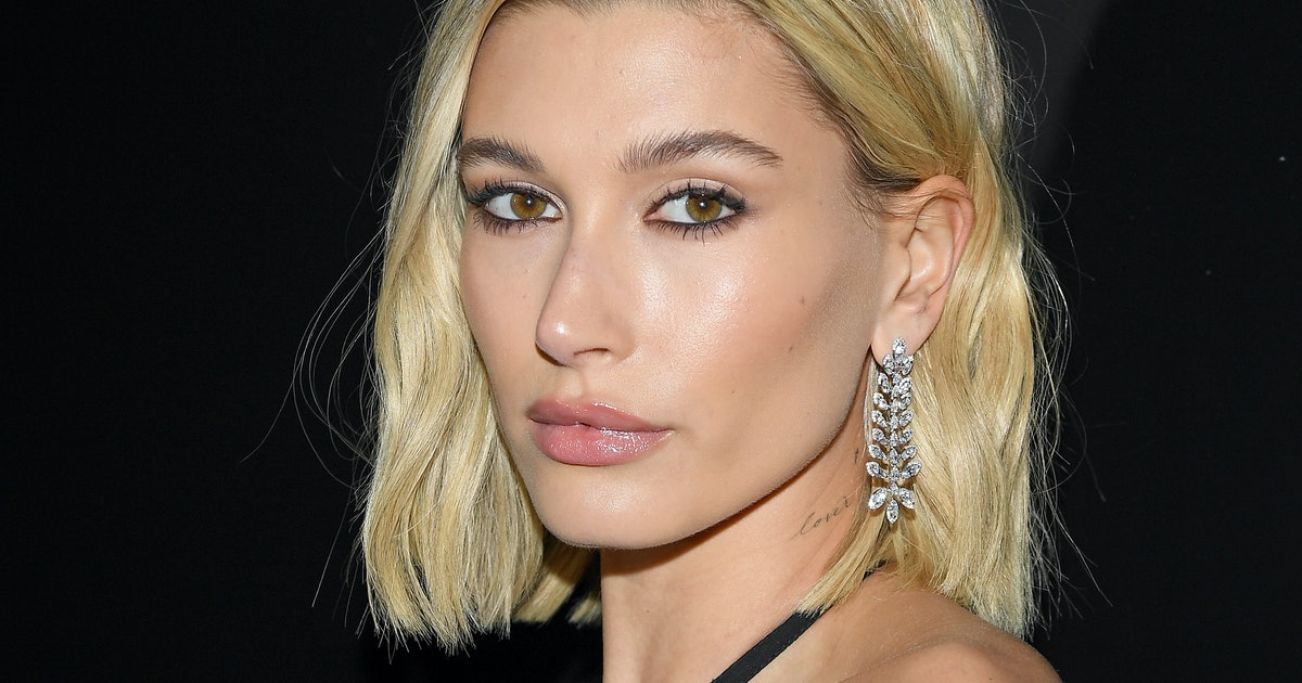 Hailey Bieber's Eyebrows Are Gone