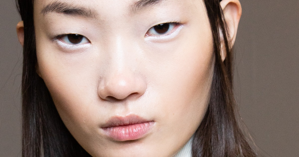 This Derm-Recommended Retinol Alternative Is Probably In Your Routine Already