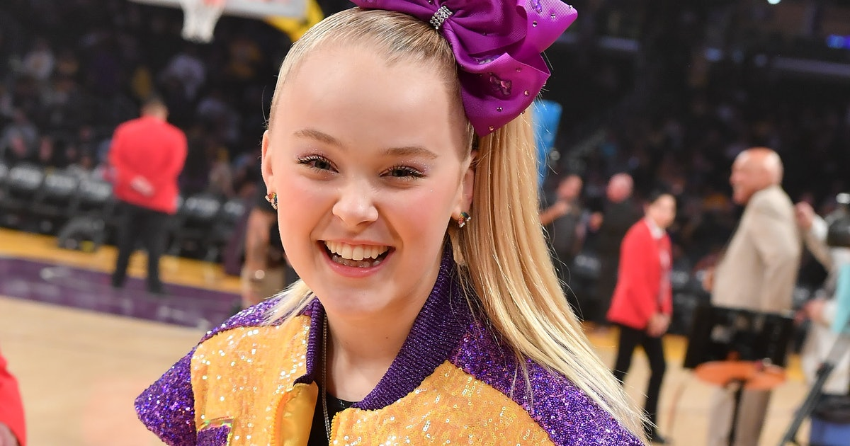 JoJo Siwa Talked About Coming Out & Why She's Not Labeling Herself In An IG Video