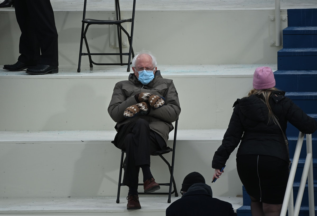 The image of Bernie Sanders wearing his trademark mittens and a blue surgical mask during President Joe Biden's inauguration is now getting a Snapchat makeover.
