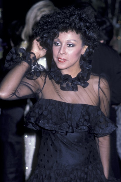 """Diahann Carroll attends the wrap party for """"Dynasty"""" on April 3, 1984 at Chasen's Restaurant in Beve..."""